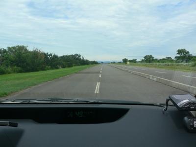 公道との立体交差部分以外はフラット。すげえ記録が出そう。